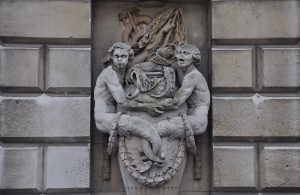 Two mermen facing the courtyard of Somerset House (2015©Peter Lloyd)