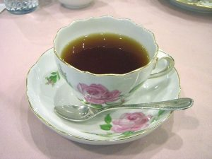 A cup of hot negus? (Source: Wikimedia Commons)