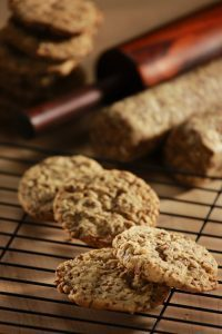 Farmland flaxseed cookies (Source: Courtesy of SasFlax, Flax Council of Canada, FC2015, Inc.)